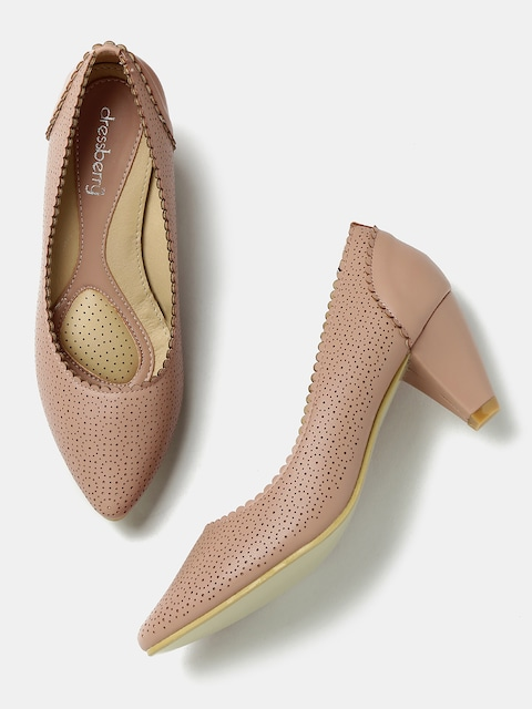 A pair of beautiful heels- Source: Myntra