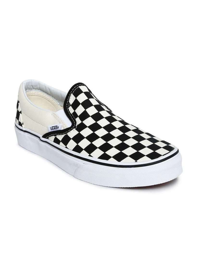 ee134cfa01a17 Buy Vans Unisex Cream Coloured & Black Check Printed Canvas Shoes ...